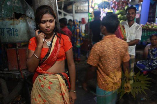 バングラデシュの売春宿の様子をご覧下さい。 ← 魂の抜けた子供多杉て泣いた。。(画像あり)・13枚目