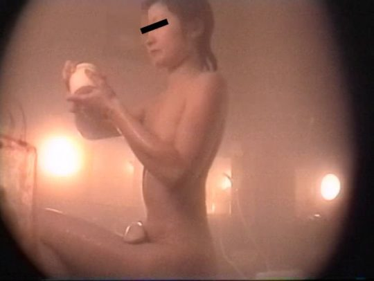 【回避不可能】超小型カメラと女盗撮師、この組み合わせコンボ凶悪杉内??? それでも気付いてるやつワロタww(画像30枚)・8枚目