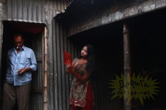 バングラデシュの売春宿の様子をご覧下さい。 ← 魂の抜けた子供多杉て泣いた。。(画像あり)・15枚目