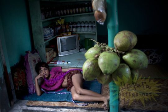 バングラデシュの売春宿の様子をご覧下さい。 ← 魂の抜けた子供多杉て泣いた。。(画像あり)・17枚目