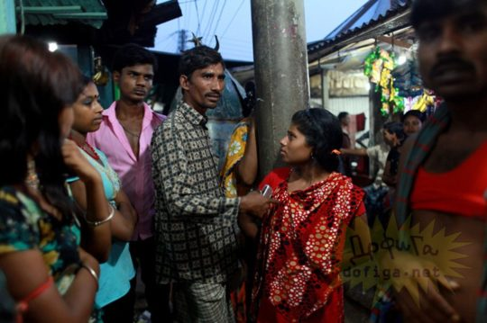 バングラデシュの売春宿の様子をご覧下さい。 ← 魂の抜けた子供多杉て泣いた。。(画像あり)・2枚目