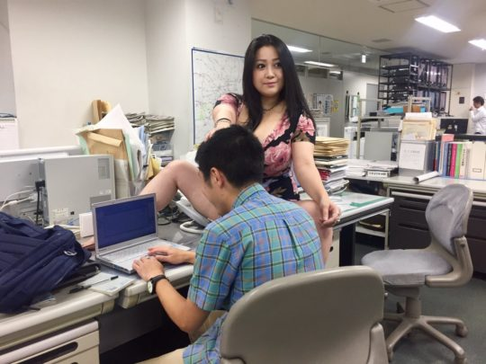 【悲報エロ画像】小向美奈子とかいう逮捕3回シャブエリートネキ、とんでもない体型になってたwwwwwwwww(画像あり)・4枚目