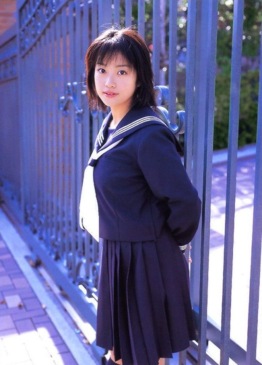 【悲報エロ画像】小向美奈子とかいう逮捕3回シャブエリートネキ、とんでもない体型になってたwwwwwwwww(画像あり)・5枚目