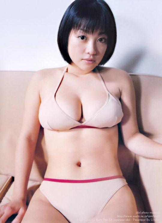 【悲報エロ画像】小向美奈子とかいう逮捕3回シャブエリートネキ、とんでもない体型になってたwwwwwwwww(画像あり)・13枚目