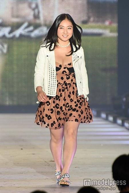 【おっぱいエロ画像】元Fカップ小学生紗綾さん、23歳女全盛期に超絶劣化wwwww(画像あり)・6枚目