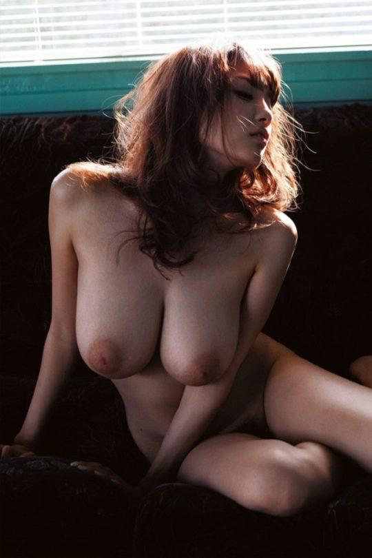 """【おっぱいエロ画像】""""神の乳""""巨乳AV女優の頂点RIONのおっぱい、神乳杉でしょwwwwwwwww(画像あり)・4枚目"""