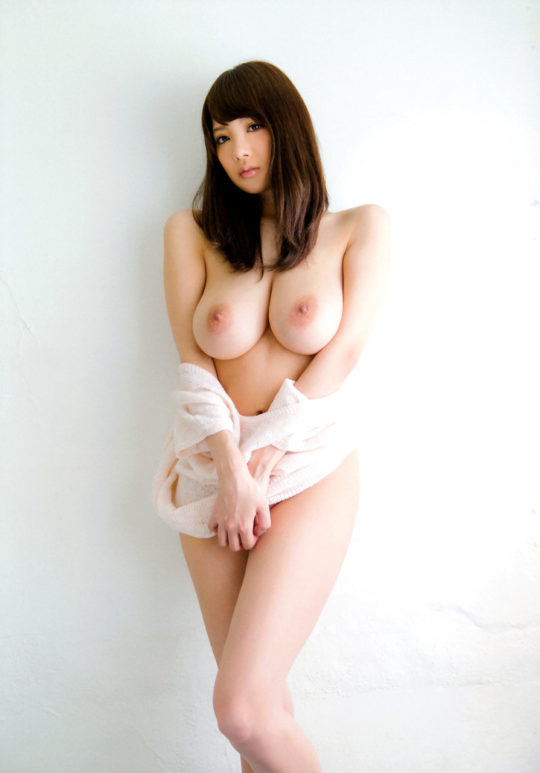 """【おっぱいエロ画像】""""神の乳""""巨乳AV女優の頂点RIONのおっぱい、神乳杉でしょwwwwwwwww(画像あり)・14枚目"""