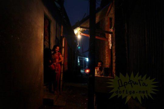 バングラデシュの売春宿の様子をご覧下さい。 ← 魂の抜けた子供多杉て泣いた。。(画像あり)・7枚目
