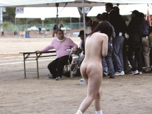 【※胸糞注意】運 動 会 の 騎 馬 戦 で 目 の 敵 に さ れ た 少 女 の 末 路・・・(画像あり)