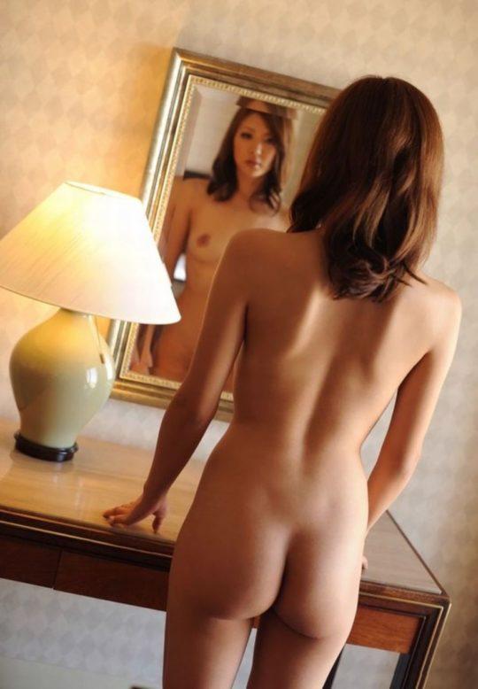 【お尻エロ画像】AV嬢の尻肉レベル、貧尻デフォのジャップまんこと比べてみた結果wwwwwww(画像あり)・10枚目