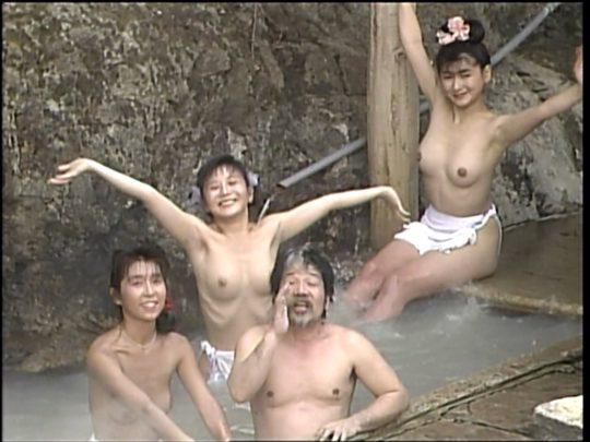 【温泉エロ】昔のドラマ。おっぱい丸出し女が若すぎて若干引くwwww(118枚)・110枚目
