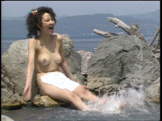 【温泉エロ】昔のドラマ。おっぱい丸出し女が若すぎて若干引くwwww(118枚)・112枚目