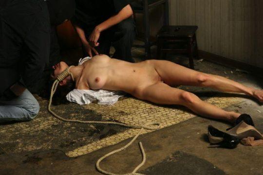 【閲覧注意】殺された女性のヌードギャラリー、、意外とヌk・・いや、なんでもない。(画像22枚)・1枚目