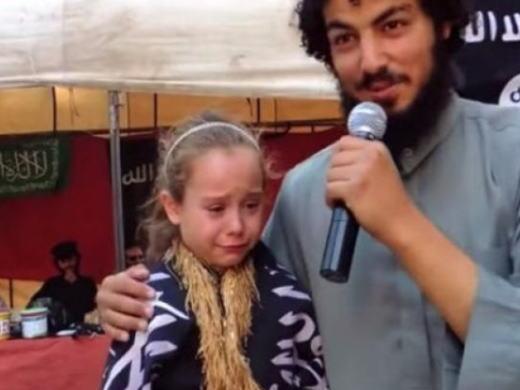 【※胸糞注意】ISIS奴隷市場で2万円で売買された少女がコチラ。 ガチ泣きやんけおい。。。(画像あり)