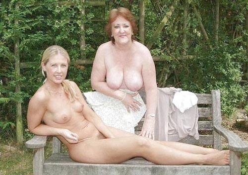 【母娘エロ画像】海外の裸族一家&母娘ヌード、こいつ等ガチで頭おかしくて草wwwwwwww(画像130枚)・93枚目
