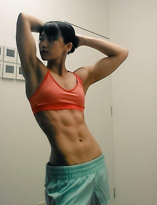 【画像】筋肉マニアのワイ将がお勧めぐうシコ筋肉女子で打線組んだwwwwwwwww(画像あり)・2枚目