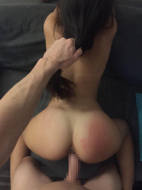【素人エロ画像】バックでセックス中の外人ニキ「せやっ、こっそり撮ってネットにうpしたろwww」←外道すぎワロタwwwwwwwwwwww(画像あり)・3枚目