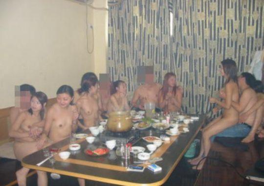 """【異文化】中国の風俗店""""カラオケテレビKTV""""内部の様子がコチラ、バブル時代の日本もこんな感じっだったのか。。(画像あり)・11枚目"""