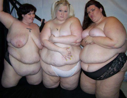 【閲覧注意】海外のポッチャリ女子(ガチ勢)の体型、死にかけててワロタwwwwwwww(画像あり)・7枚目