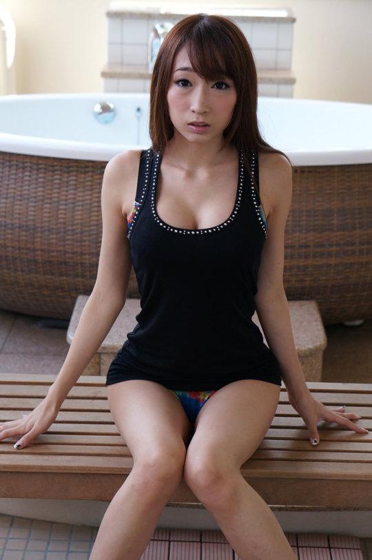 【サイボーグ】AV女優の蓮見クレアさん、明らかな偽乳&整形なのにやたらヌケる有能っぷりwwwwwwww(画像133枚)・6枚目