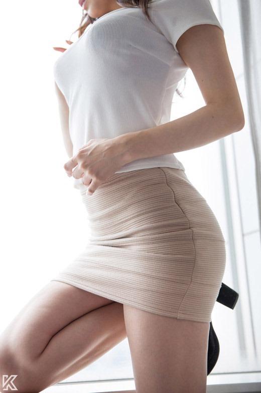 【サイボーグ】AV女優の蓮見クレアさん、明らかな偽乳&整形なのにやたらヌケる有能っぷりwwwwwwww(画像133枚)・27枚目