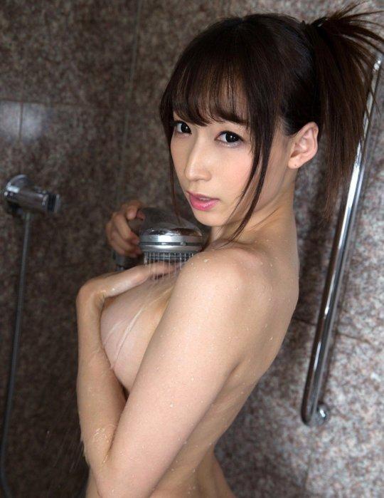 【サイボーグ】AV女優の蓮見クレアさん、明らかな偽乳&整形なのにやたらヌケる有能っぷりwwwwwwww(画像133枚)・42枚目