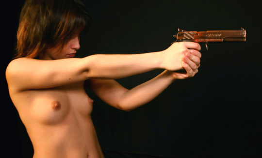 【絶望】銃で脅されて逆レイプという男の夢、現実は非情でワイ絶望・・・・・orz(画像あり)・17枚目