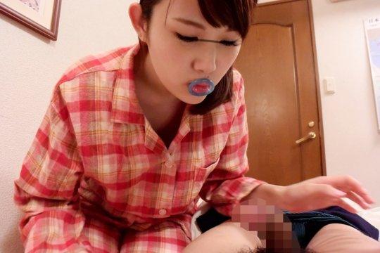 【ゴムエロ】コンドームを女の子に付けてもらうという最高にエロいシチュエーション、これだけでイクわwwwwwwwww(画像114枚)・42枚目