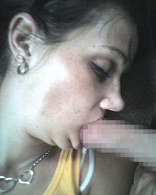 【睡眠姦】外人ニキ「よっしゃ寝とるな、ポロン」彼女「むにゃむにゃ・・・パクー」←絶対起きてるよなwwwwwwwwww(画像あり)・25枚目