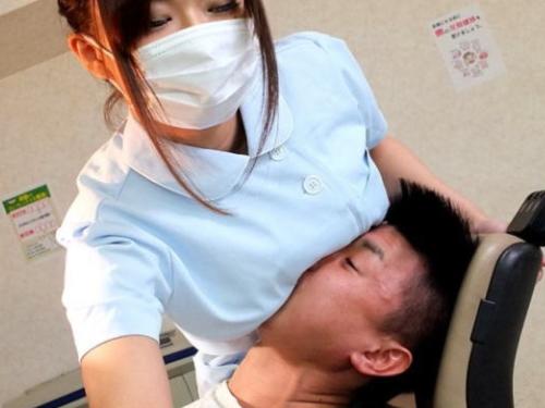 """""""歯科衛生士とお乳""""という切っても切り離せないカンケイ性(写真30枚)"""