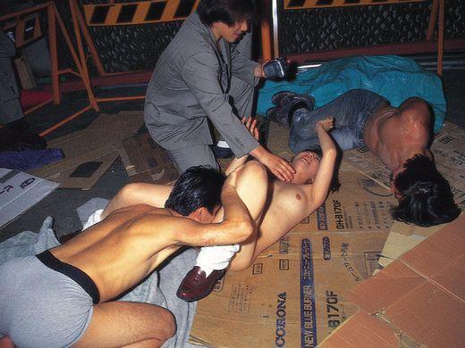 (キチク系)胸糞最悪なガチ系強姦写真、これには世界中から非難轟々なのも納得・・・・・(写真25枚)