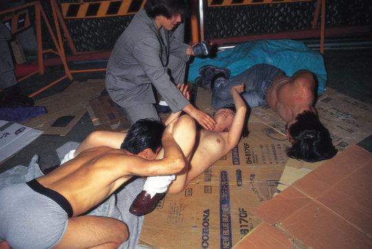 【鬼畜系】胸糞最悪なガチ系レイプ画像、これには世界中から非難轟々なのも納得・・・・・(画像25枚)・12枚目