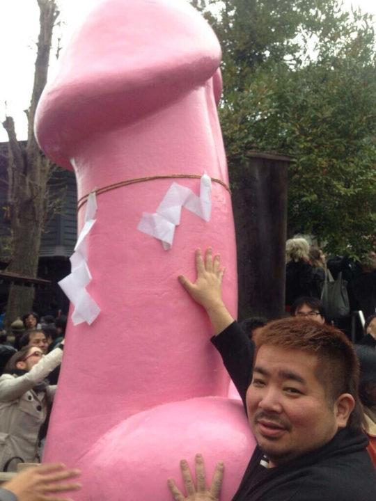 【頭おかC】愛知県小牧市のチンポ祭り、今年も執り行われるwwwwwwwwwwwwww(画像あり)・6枚目