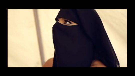 【※衝撃※】ISISがレイプ動画を公開する・・・もう何でもアリやぁ。。・5枚目