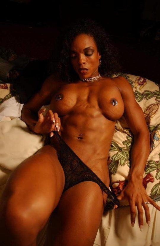【マニア保存推奨】筋肉MAXの黒人アスリートネキ、ほぼ刃牙のキャラばかりでワロタwwwwwwwww(画像あり)・7枚目