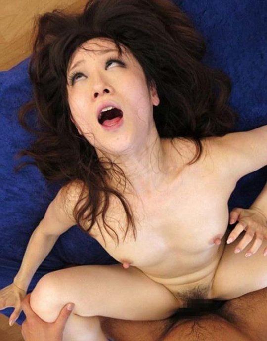 """【プロ根性】今海外で大ブームな日本産特殊性癖""""AHEGAO""""、これAV嬢もまあまあ捨て身でワロタwwwwwwww(画像30枚)・9枚目"""