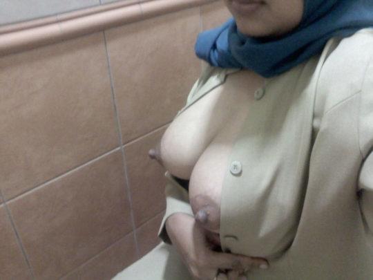 【巨乳民族】ヒジャブ着用のイスラムまんさん全員巨乳説、マジでホントっぽくて草wwwwwwww(画像30枚)・20枚目