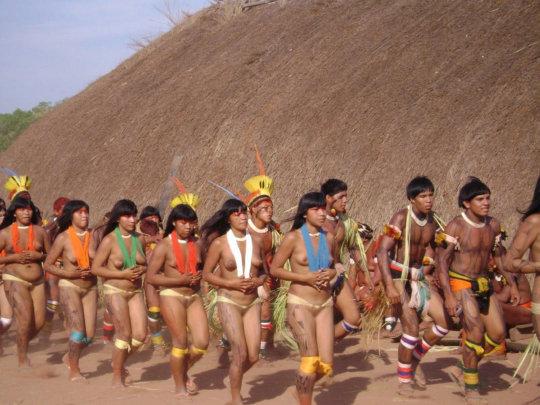 【部族おっぱい104枚】アフリカ原住民部族最強のおっぱいがコチラ、10代女子がいっぱいいるんだが・・・(画像)・31枚目