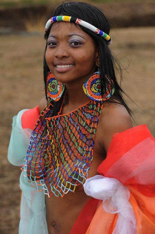 【部族おっぱい104枚】アフリカ原住民部族最強のおっぱいがコチラ、10代女子がいっぱいいるんだが・・・(画像)・52枚目
