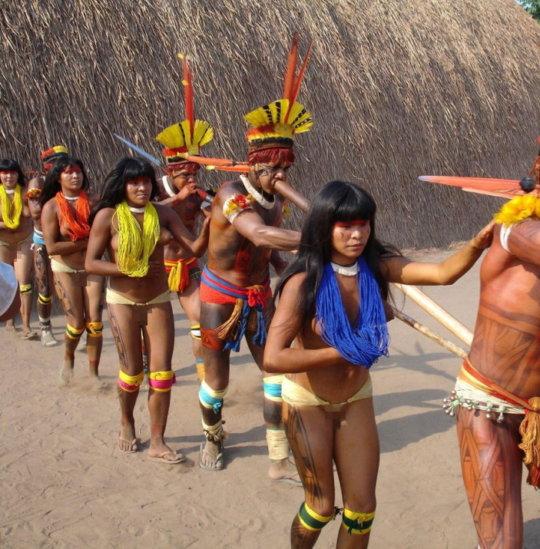 【部族おっぱい104枚】アフリカ原住民部族最強のおっぱいがコチラ、10代女子がいっぱいいるんだが・・・(画像)・56枚目