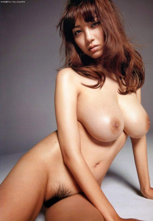 【垂れ乳天使】RIONとかいう垂れ乳を完全に武器にしたAV女優wwwwwwwww(画像あり)・11枚目