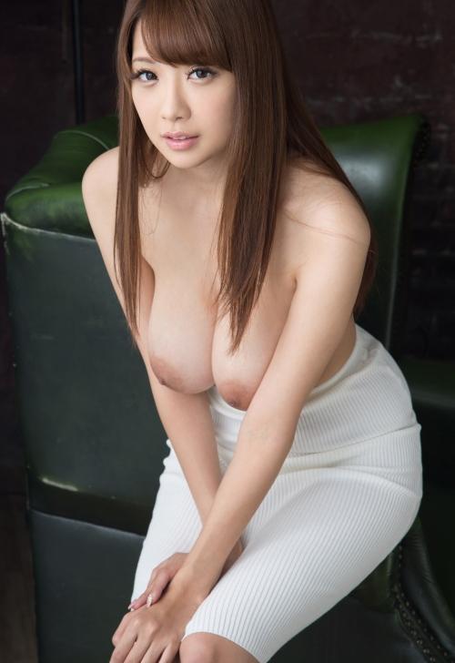 【垂れ乳天使】RIONとかいう垂れ乳を完全に武器にしたAV女優wwwwwwwww(画像あり)・16枚目