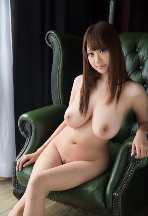 【垂れ乳天使】RIONとかいう垂れ乳を完全に武器にしたAV女優wwwwwwwww(画像あり)・17枚目