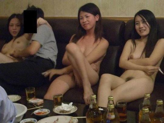 """【党員御用達】中国カラオケテレビ""""KTV""""という共産党も暗に認めた風俗、昔の日本みたいで草wwwwwww(画像30枚)・13枚目"""