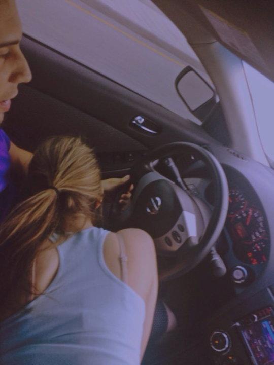 """【免停確実】運転中ガチでして貰うと結構危険な""""ドライブフェラ""""、まあセックスしないだけマシだなwwwwwww(画像30枚)・26枚目"""