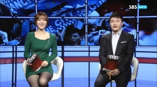 【ほぼホステス】AV禁止のお隣韓国、ニュース番組の女子アナスカートがキャバ嬢レベルでワロタwwwwwww(画像あり)・6枚目