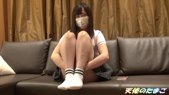 【画像あり】マンコまで撮影された女子学生のハメ撮り爆売れするwwwwwwww・1枚目