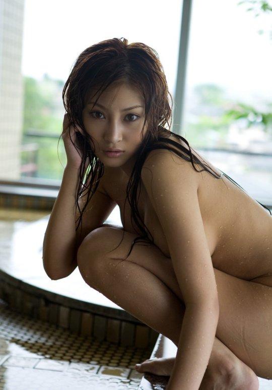 【明日花キララ】アップデートする度に顔が変わるセクシー女優をエロGIFでご覧ください(523枚)・252枚目
