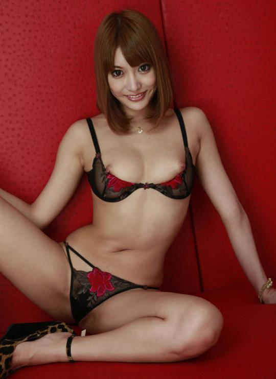 【明日花キララ】アップデートする度に顔が変わるセクシー女優をエロGIFでご覧ください(323枚)・53枚目