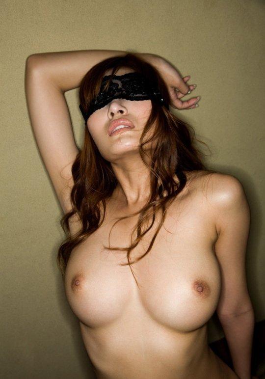 【明日花キララ】アップデートする度に顔が変わるセクシー女優をエロGIFでご覧ください(323枚)・62枚目
